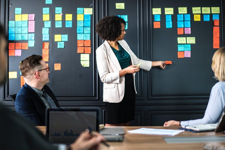 Guía: Cómo Elegir el Mejor Software ERP en 2021 1